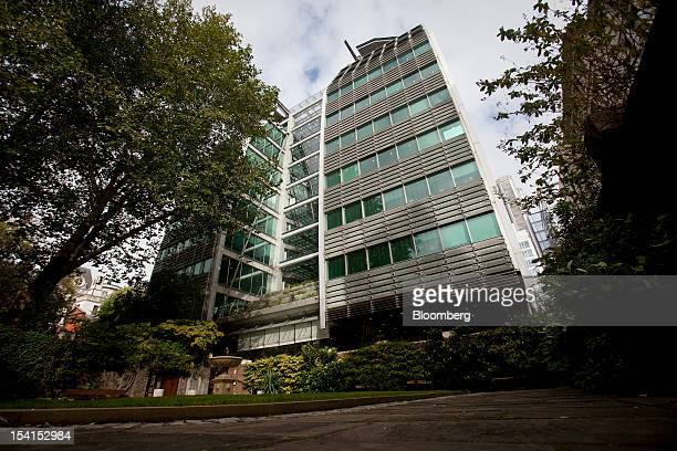 The headquarters of Lloyds Banking Group Plc are seen in London UK on Monday Oct 15 2012 US homeowners filed a lawsuit against 12 banks including...