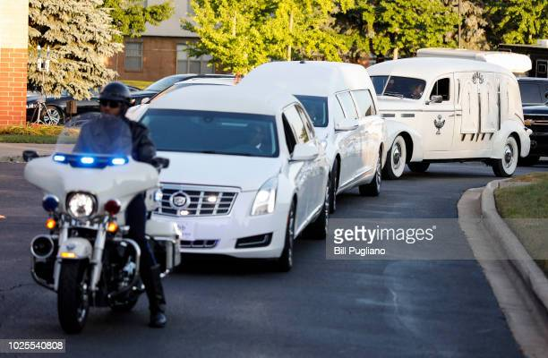 The hearse containing the remains of soul music icon Aretha Franklin arrives at Greater Grace Temple for the singer's funeral on August 31 2018 in...