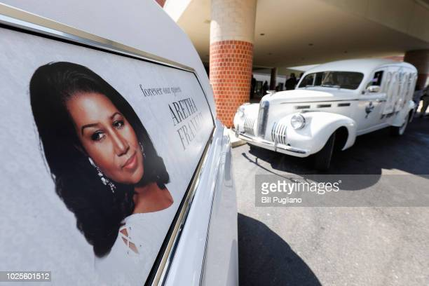 The hearse that carried the remains of soul music icon Aretha Franklin sits outside Greater Grace Temple during her funeral on August 31 2018 in...