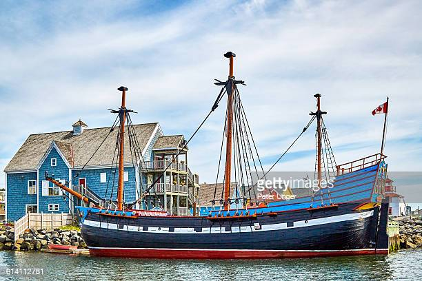 the hector at the harbour quay, pictou - flag of nova scotia stock pictures, royalty-free photos & images