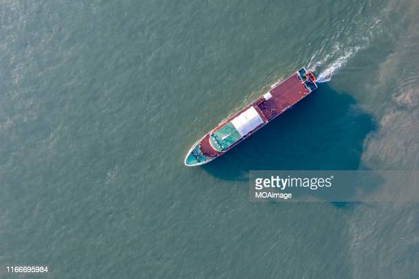 the high angle view of a ship sails on the yangtze river,wuhan,china - yangtze river stock pictures, royalty-free photos & images