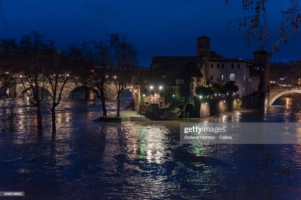 Tiber River In Rome Reaches High Level