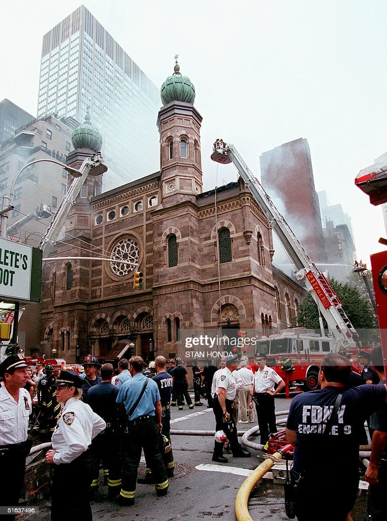 The historic Central Synagogue in midtown Manhattan burns 28