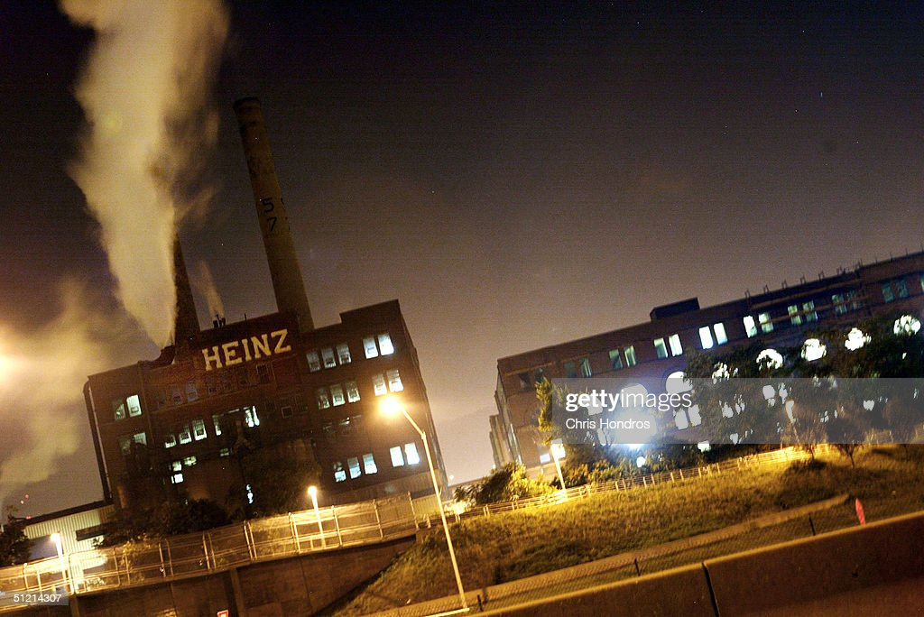 The historic Heinz factory is seen at night August 23, 2004 in Pittsburgh, Pennsylvania. H.J. Heinz Co reported that its first-quarter earnings fell approximately nine percent compared to last year with strong sales in North America.