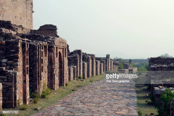 the historic ruins of bhangarh, rajasthan - the storygrapher stockfoto's en -beelden