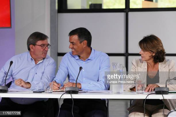 The Historical Memory Executive of the CEF Fernando Martínez the acting president of the Government Pedro Sánchez and the acting minister of Justice...