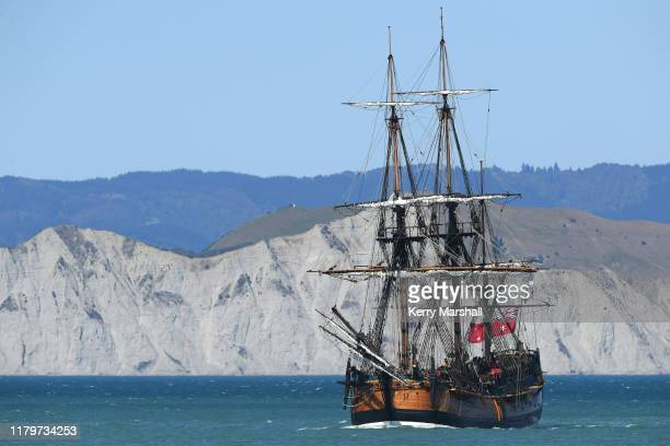 The HMB Endeavour replica comes in to dock on October 08 2019 in Gisborne New Zealand This year marks 250 years since the first onshore meetings...