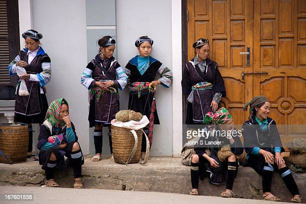 The Hmong prefer to live at high altitudes of 10001200m and practice shifting cultivation They will often move great distances in search of new and...