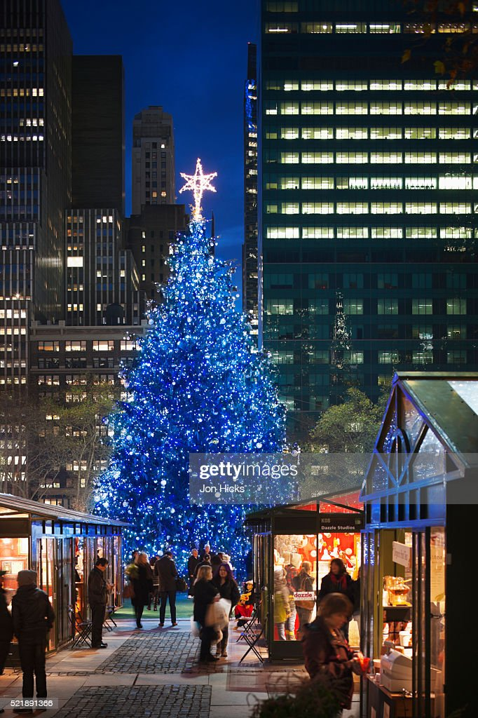 Bryant Park Christmas Market.The Holiday Market In Bryant Park Stock Photo Getty Images