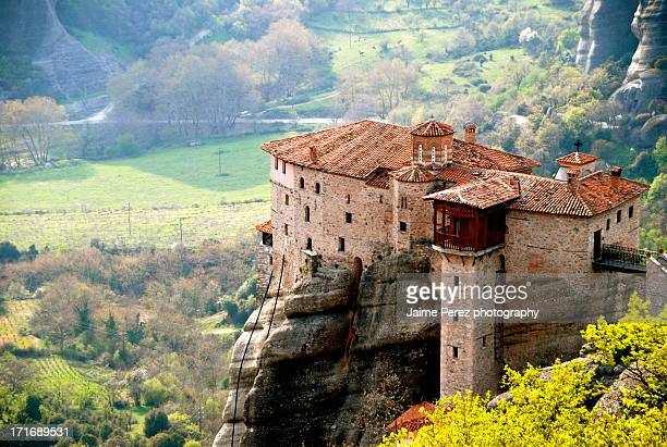 the holy monastery of rousanou/st. barbara - meteora stock pictures, royalty-free photos & images