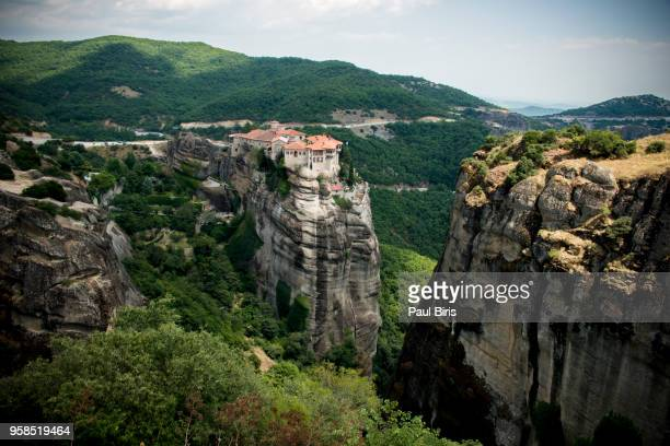 the holy monastery of varlaam, meteora, northern greece - thessaly stock pictures, royalty-free photos & images