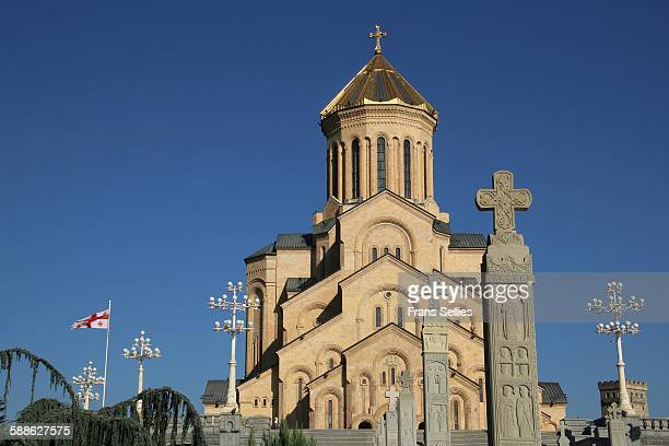 the holy trinity cathedral of tbilisi, georgia - frans sellies stockfoto's en -beelden
