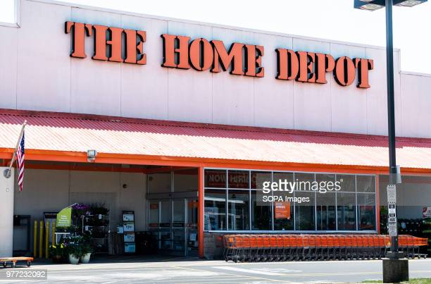 74 Home Depot Logo Photos And Premium High Res Pictures Getty Images