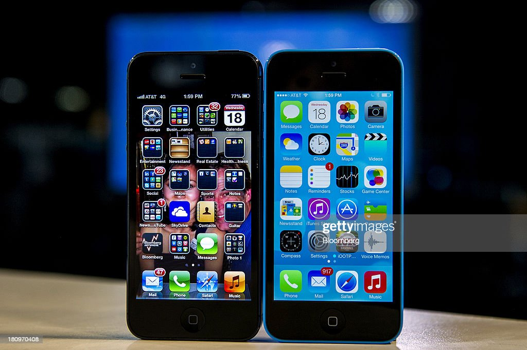 Apple Launches iOS7 As Hefty Memory Markup Puts Margins Ahead Of Market Share : News Photo