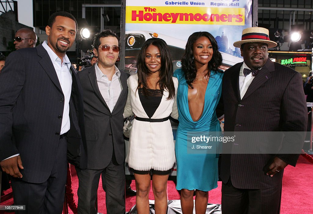 'The Honeymooners' cast during 'The Honeymooners' Los Angeles Premiere - Red Carpet at Grauman's Chinese Theater in Hollywood, California, United States.
