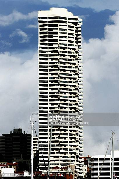 The Horizon Apartments in Darlinghurst designed by architect Harry Seidler 10 July 2001 SMH Picture by QUENTIN JONES