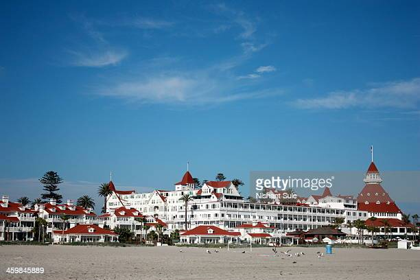 CONTENT] The hotel del Coronado at Coronado island It was the largest hotel when it opened in 1888 and was the first to be lit by electricity
