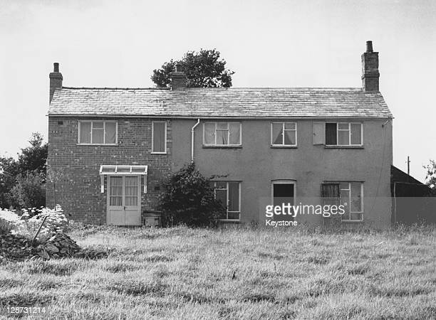 The house at Leatherslade Farm near Brill in Buckinghamshire on the day of its discovery by police13th August 1963 The house was used as a hideout by...