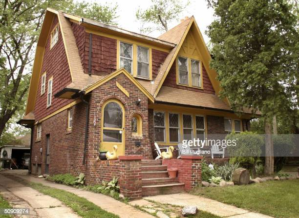 The house being investigated in the case of Teamsters President Jimmy Hoffa's July 30, 1975 disappearance is seen May 29, 2004 in northwest Detroit,...