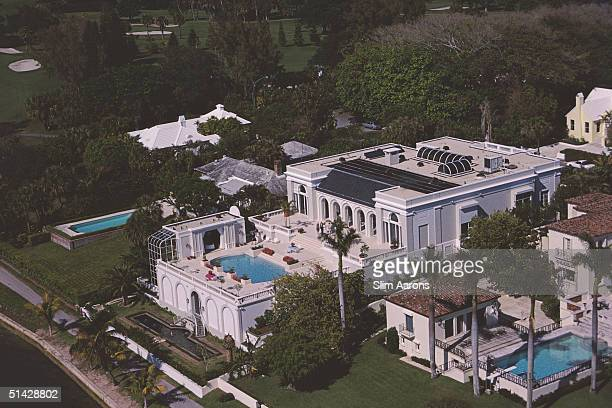 The house of builder Robert Gottfried overlooking Lake Worth Palm Beach Florida 1985 Designed by John Gosman the house features solar panels...