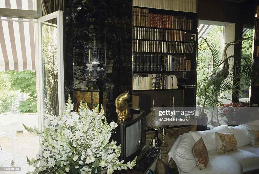 The House Of Dalida In Montmartre Paris 10 Mai 1987 A News Photo Getty Images