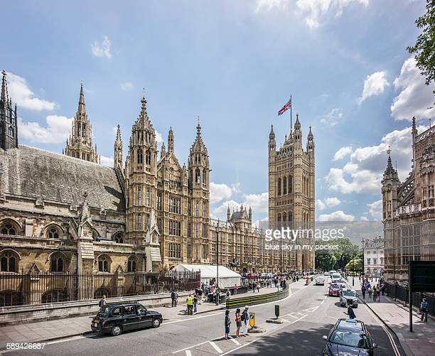 the house of parliament and victoria tower - victoria tower stock pictures, royalty-free photos & images