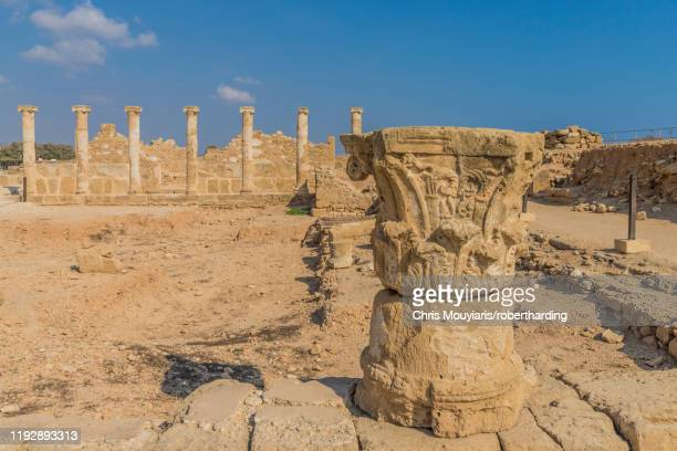 the house of theseus in paphos archaeological park, unesco world heritage site, paphos, cyprus, europe - パフォス考古学公園 ストックフォトと画像