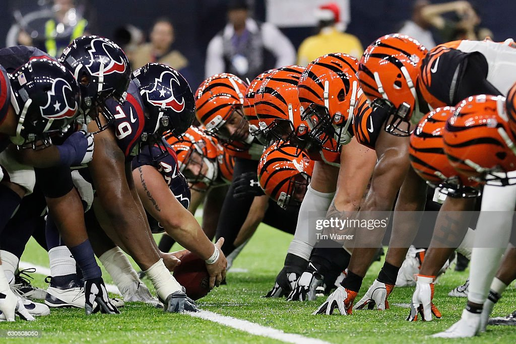The Houston Texans line up against the Cincinnati Bengals on a field goal attempt in the fourth quarter at NRG Stadium on December 24, 2016 in Houston, Texas.