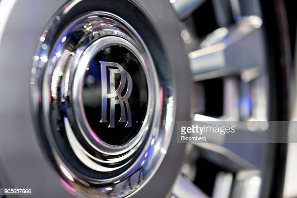 The hubcap of a RollsRoyce Motor Cars Ltd 2018 Phantom vehicle is seen during the 2018 North American International Auto Show in Detroit Michigan US...