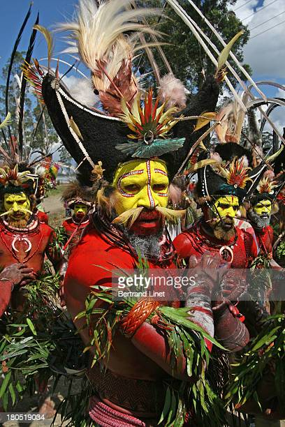 CONTENT] The Huli Wigmen are probably the most spectacular tribesmen in Papua New Guinea Everyyear they participate to the amazing Mount Hagen Show...
