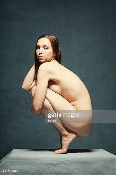 los seres humanos - desnudos artisticos fotografías e imágenes de stock