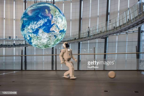 The humanoid robot called ASIMO, created by Honda, is presented at the National Museum of Emerging Science and Innovation in Tokyo, Japan on October...