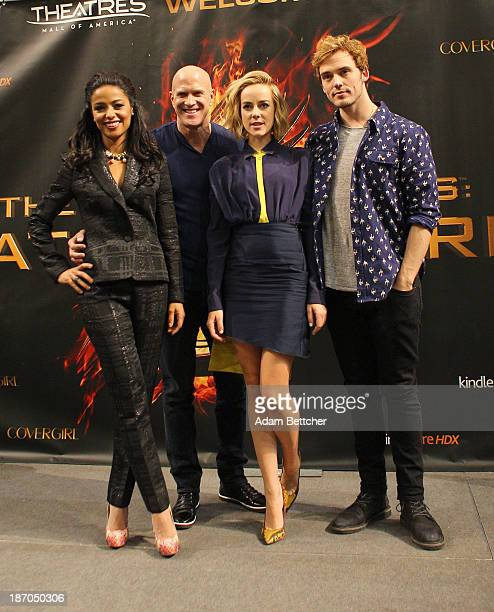 'The Hunger Games Catching Fire' cast members Jena Malone Sam Claflin Meta Golding and Bruno Gunn meet fans on November 5 2013 at Mall of America in...