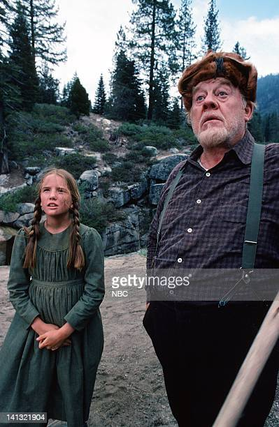 PRAIRIE 'The Hunters' Episode 10 Aired Pictured Burl Ives as Sam Shelby Melissa Gilbert as Laura Ingalls Photo by NBCU Photo Bank