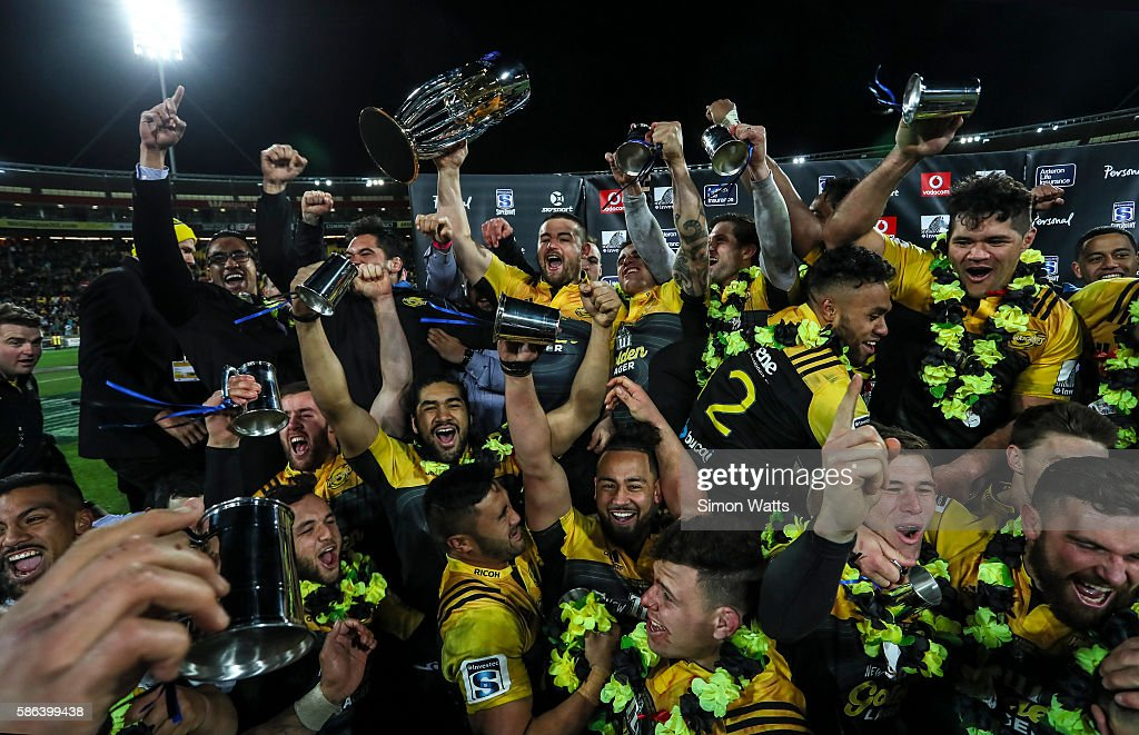 The Hurricanes celebrate after winning the 2016 Super Rugby Final match between the Hurricanes and the Lions at Westpac Stadium on August 6, 2016 in Wellington, New Zealand.