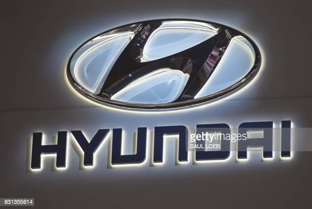 The Hyundai logo is seen during the 2017 North American International Auto Show in Detroit Michigan January 9 2017 / AFP PHOTO / SAUL LOEB