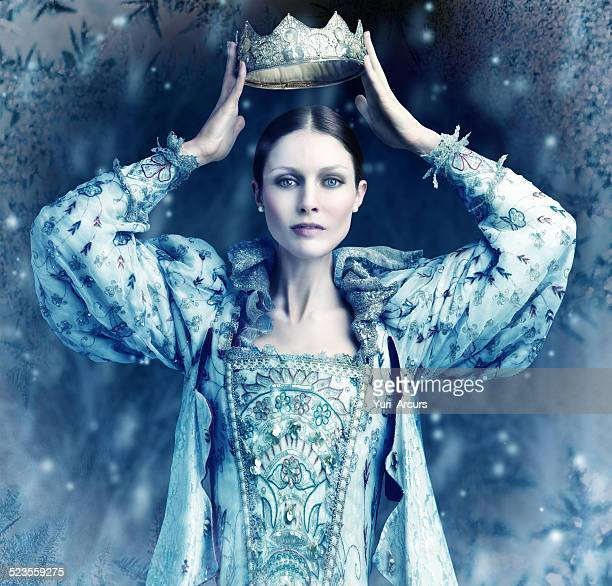 the ice queen cometh - queen royal person stock pictures, royalty-free photos & images