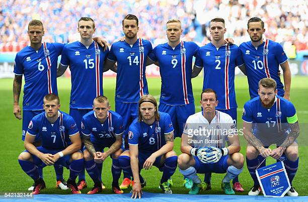 The Iceland team line up before the UEFA EURO 2016 Group F match between Iceland and Austria at Stade de France on June 22 2016 in Paris France