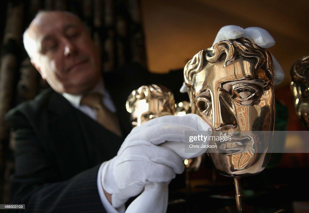 BAFTA Awards Previews - Mask Buffing : News Photo