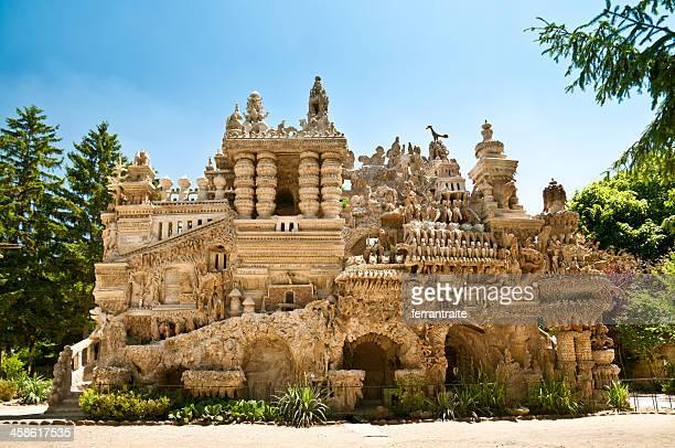 le palácio ideal em hauterives - palácio imagens e fotografias de stock