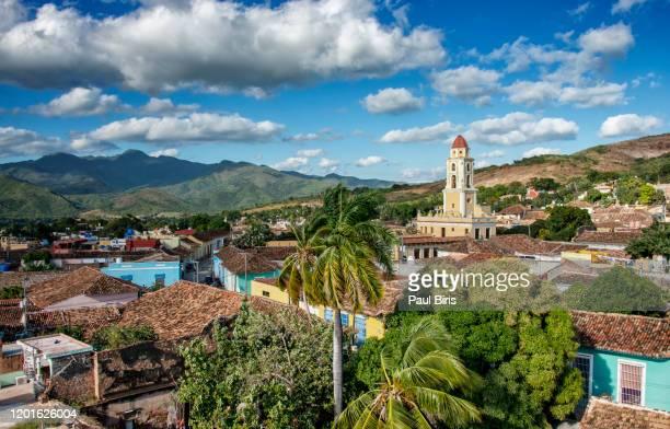 the iglesia y convento de san francisco in trinidad, cuba - sancti spiritus provincie stockfoto's en -beelden