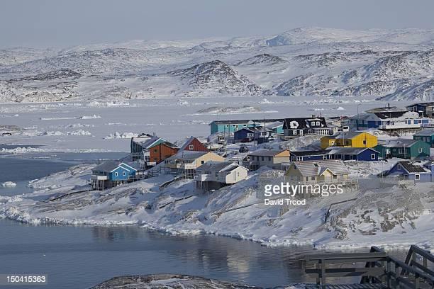 the ilulissat icefjord in greenland. - ilulissat stock-fotos und bilder