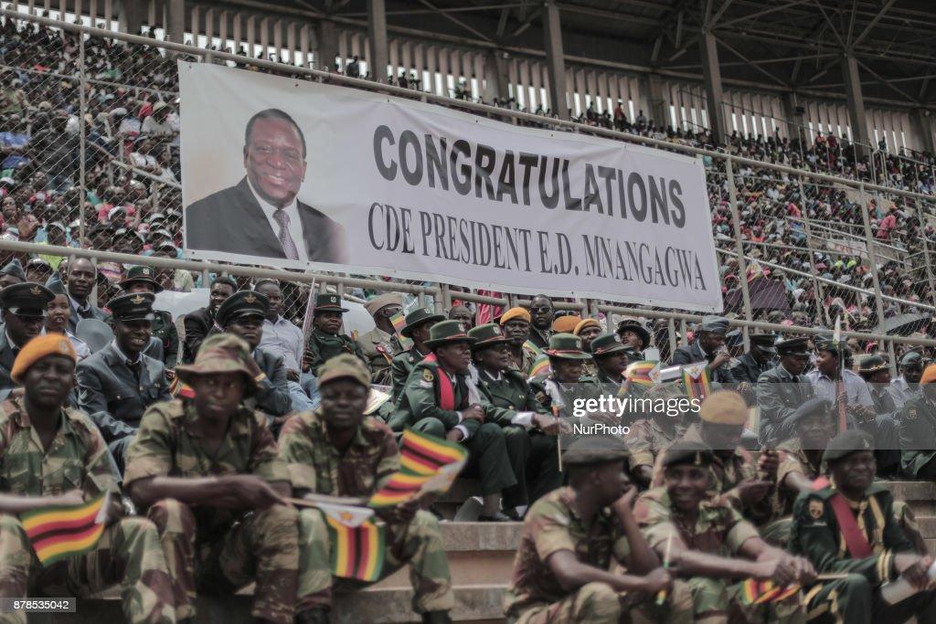 People react as Zimbabwean new President Emmerson Mnangagwa : News Photo