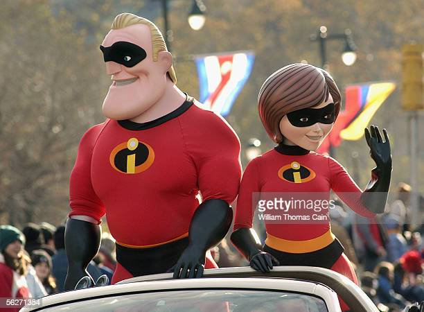The Incredibles wave to the crowd during Philadelphia's 86th Annual Thanksgiving Day Parade November 24, 2005 in Philadelphia, Pennsylvania, USA. The...