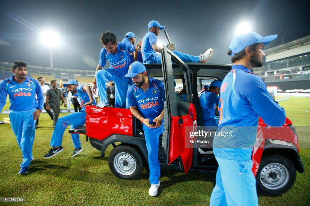 The Indian cricket captain Virat Kohli(M) and team mates take a ride in a van after winning the ODI series against the host Sri Lanka by 5-0 after the 5th and final One Day International cricket match between Sri Lanka and India at the R Premadasa international cricket stadium at Colombo, Sri Lanka on Sunday 3 September 2017.