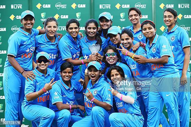 The INdian team celebrtaes after the International Twenty20 match between Australia and India at Sydney Cricket Ground on January 31, 2016 in Sydney,...