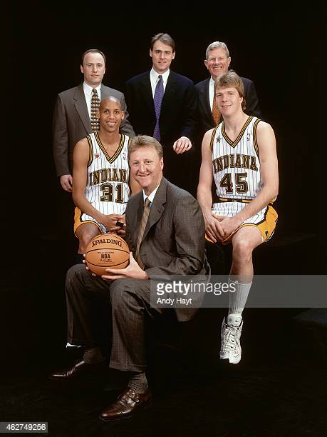 The Indiana Pacers poses for a portrait prior to NBA AllStar Game on February 8 1998 at Madison Square Garden in New York City NOTE TO USER User...