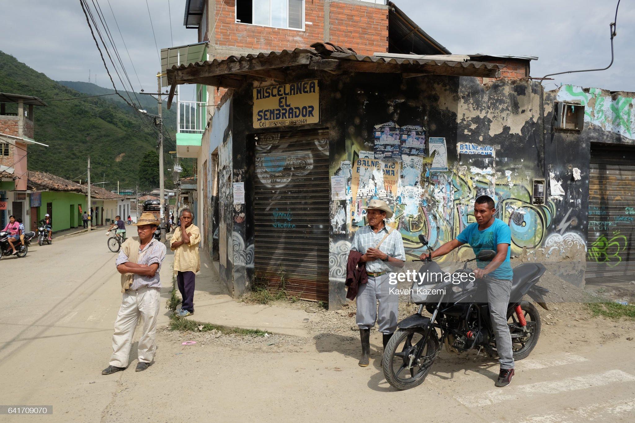 Around Colombia : Fotografía de noticias