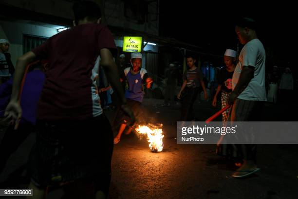 The Indonesian Muslims took up the game speak fireball better known as the Bola Apilquot to welcome the holy month of Ramadhan 1439 H in Jakarta...