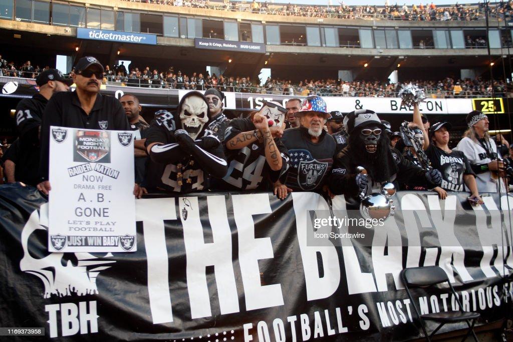 NFL: SEP 09 Broncos at Raiders : News Photo